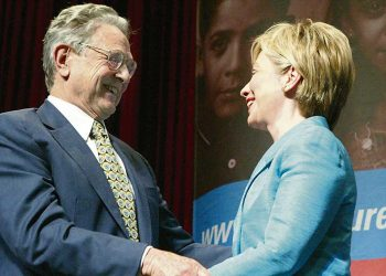 George Soros y Hillary Clinton (2004)